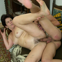Free voyeur real curvy mum son incest